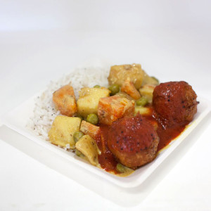 Small Plate (a small serving of rice and curry with 2 koftas)